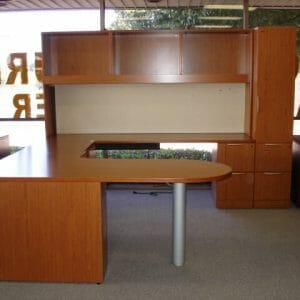 Knoll Reff Desk