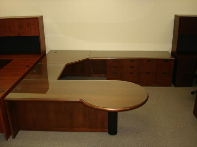 Gunlocke Desk