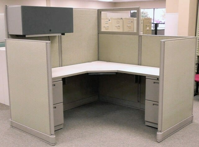 Office Furniture: Used Knoll 6x6 Cubicles With Glass